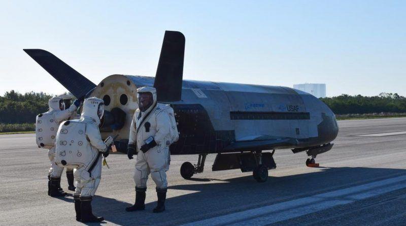 ¿Guerra de las Galaxias? Trump propone la fuerza espacial militar Cabecera